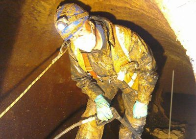 CONFINED SPACE WORKS4